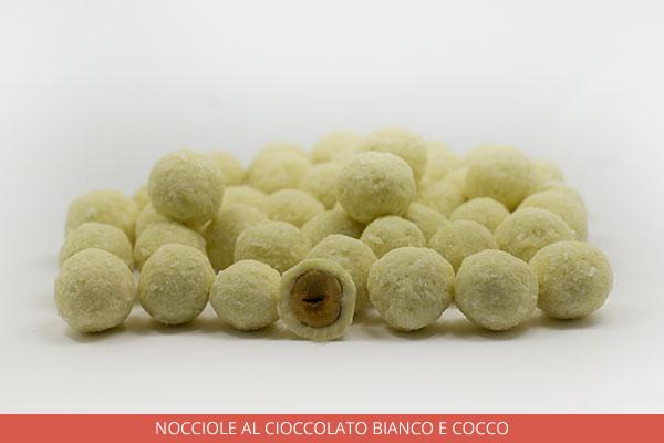 05_Nocciole-AL-CIOCCOLATO-BIANCO-E-COCCO_Ambrosio