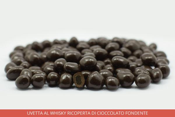 10_Uvetta-al-whisky-ricoperta-di-cioccolato-fondente_Ambrosio