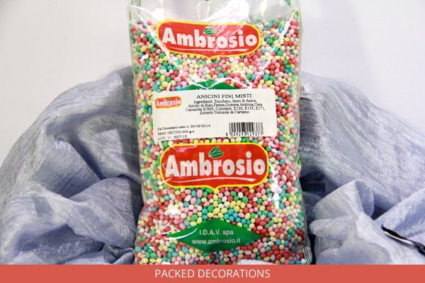 packed-decorations-ambrosio